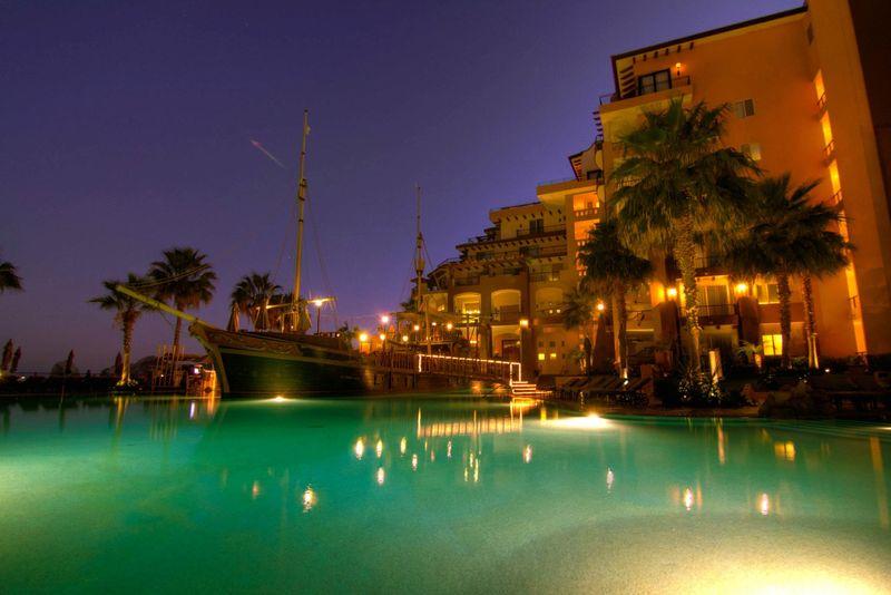 Cabo hotel